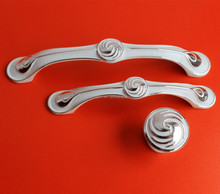 Ivory Classical Zinc Alloy Cabinet Handle & Knob for Furniture