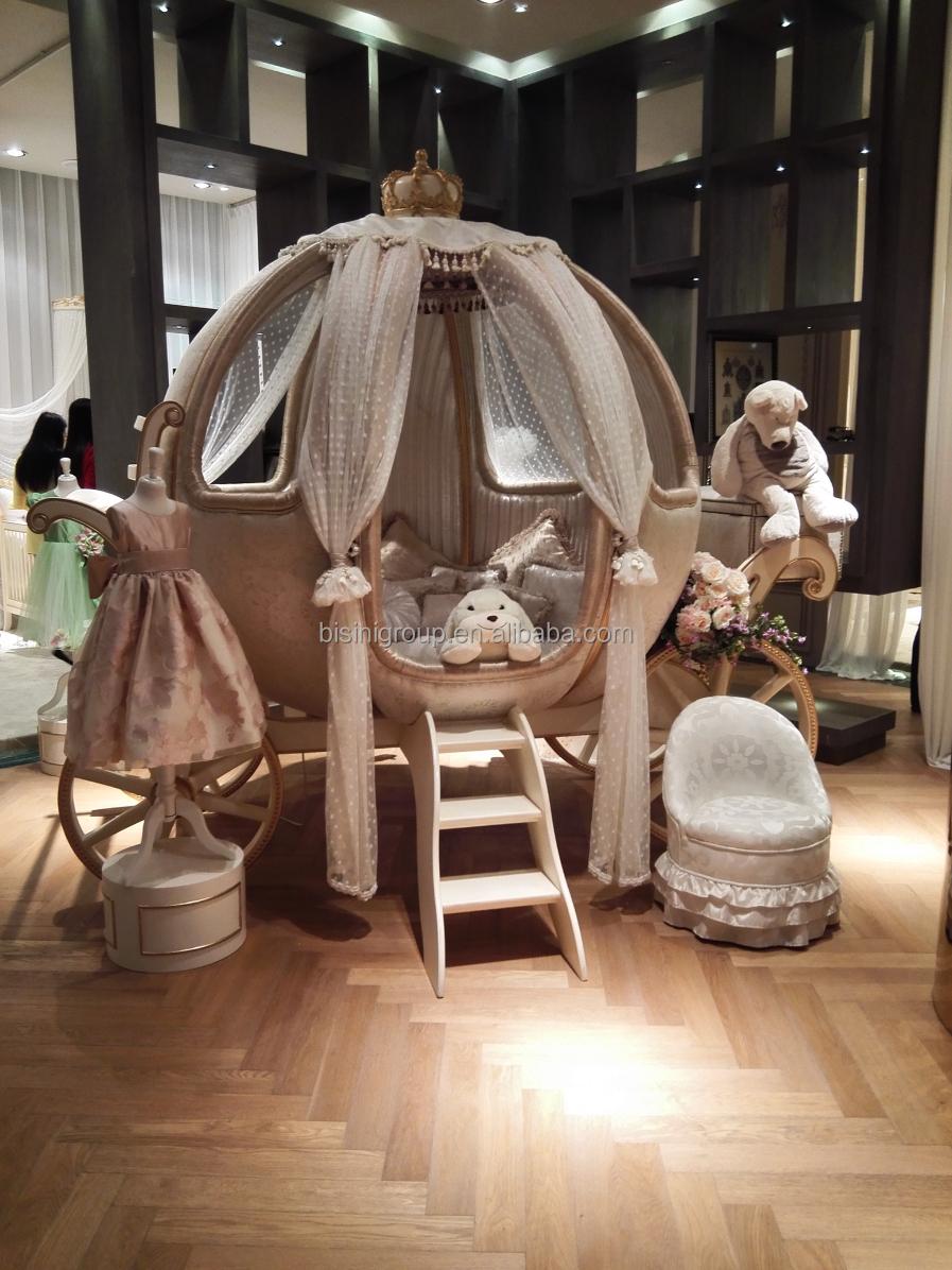 european castle bed design cinderella pumpkin coach bed luxury ivory and golden princess. Black Bedroom Furniture Sets. Home Design Ideas