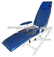 Stylish manual foldable dental chair for patient/Massage Bed with adjustable footrest RJ-7606