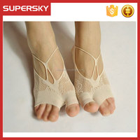 A-656 Women Anti Slip Lace Silk Socks Women Sexy Invisible Low Cut Socks Non Skid No Show Lace Socks