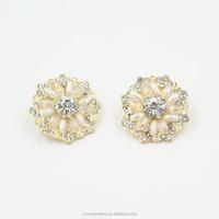 Latest 2015 Fashion Earrings Flower Crystal Pearl Stud Earrings