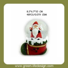 Hot sale Christmas Decoration &Resin snow globes water ball for gifts