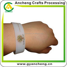 New design fashion usb silicone wristband.usb bracelet products for corporate gifts