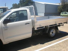 aluminium tray body pickup trucks for sale