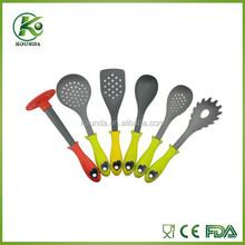 New arrived design 2015 nylon plastic kitchen tools kitchen utensil set with TPR handle