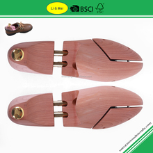 LM005 Clear Aromatic Cedar Shoe Trees Wholesale