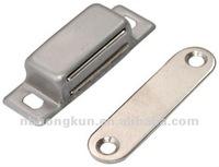 Magnetic door catchers
