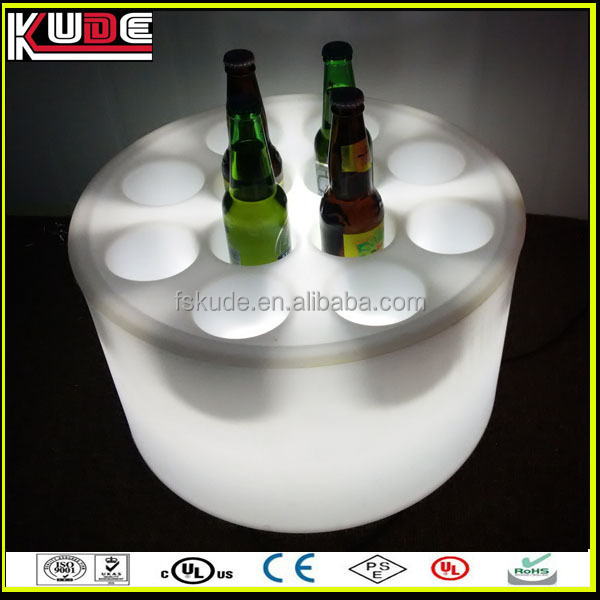 пива бочка с кулером rgb света красочным изменения