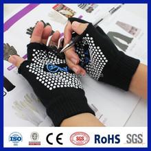 China wholesale 2015 online shopping pvc dots anti sweat glove