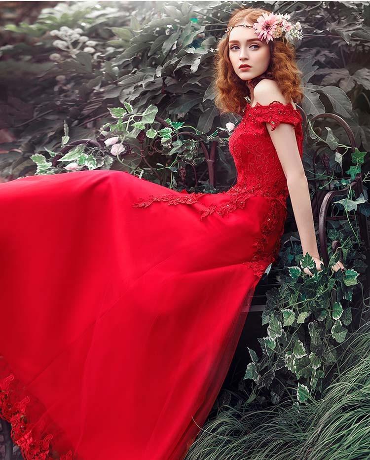 Фото красного вечернего платья италия