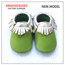 2015 autumn color new design kinghoo baby shoes soft sole leather baby moccasin shoes