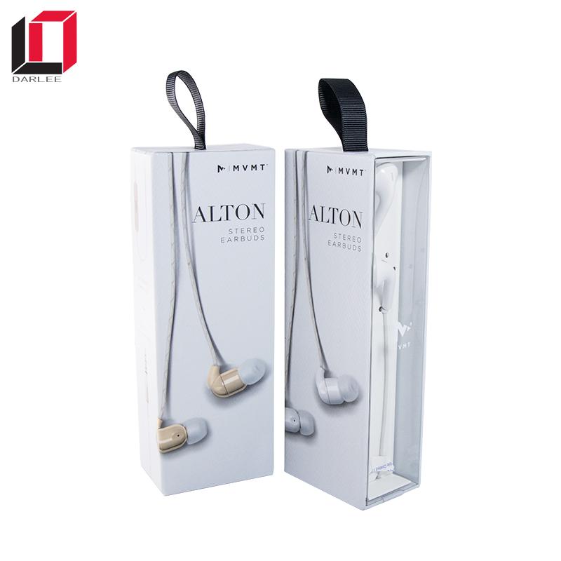 earphones packaging