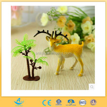 2014 New product kid small plastic toy deer,Custom flocking plastic deer animal figurines toy