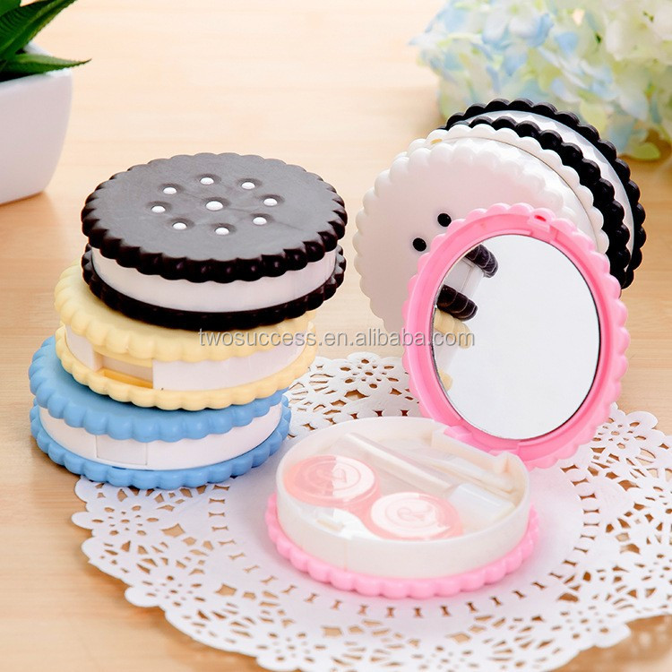 Sesame crackers contact lens case (3)