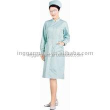 hospital esfrega uniforme de enfermeira e chapéu