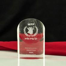 Oval- en forma de columna de cristal trofeo trofeo de pie