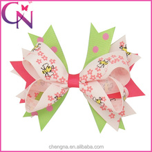 Adorable Spike Hair Bow, 5 inch Bees and Flowers Printed Vintage Bow Hair Clip