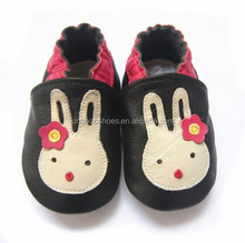 rabbit design baby girl shoes imported from China