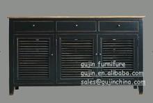 Régénéré en vieux bois buffet avec porte d'obturation