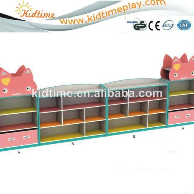 De dibujos animados estante de libros para ni os de jard n de infantes en gabinete de la for Juegos para nios jardin de infantes