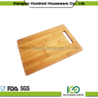 Hot sell cheap price bamboo kitchen cheese cutting board set with holder