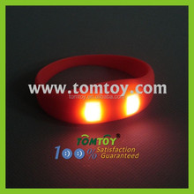 Hot Sale Promotional Gifts Vibration Glow in the Dark Bracelet