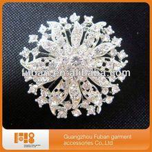 bulk flower clear rhinestone crystal brooch for wedding decorative