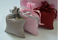 100% hand-made chinese hot sale gift bag on sale small cosmetic bag small net gift bags