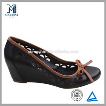Classic wedge heel design leather mature women shoes
