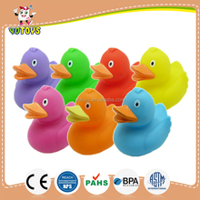 YTBD001 plastic bath toys for children, bath vinyl duck BPA free baby toys, floating bath duck kids soft toy for sale