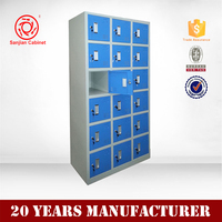 High quality kd metal 18 door clothes cabinets swimming pool locker lock