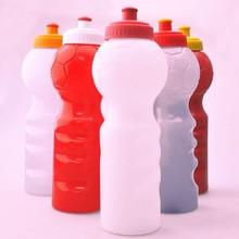 Venta al por mayor moda walmart botellas de agua de plástico red bull botella de agua barato
