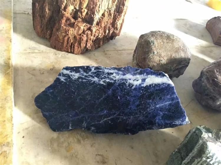 Blue stone (5).jpg