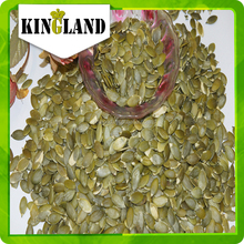 diversi tipi di bianco semi di zucca noccioli