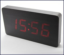 Hot selling alarm clock with phone charger for wholesales