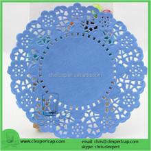 Abastecido azul papel colorido doilies do laço para alimentos e decoração de casamento