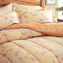 QUILTS PILLOWS BED SHEETS FOR FLOOD RELIEF