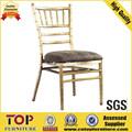 el material de metal y la apariencia moderna silla tiffany
