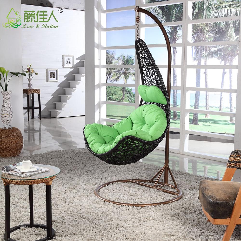 Cheap Price Indoor Outdoor Garden Rattan Wicker Hanging Egg Basket Swing  Chair With Metal Stand