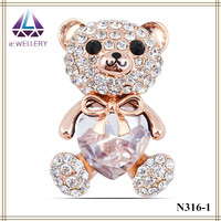 Fashion vintage lovely Factory wholesale panda model rhinestone cute brooch