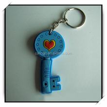 custom key shaped pvc rubber silicon keyring with removable rings
