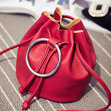 Latest fashion handbag ladies bucket bag mini woman bag with a metal circle SY6781