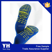 2015 high quality best saling sports trampoline adult rubber sole socks