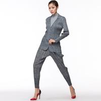 wholesale fashion ladies pleated trousers OEM woman pants