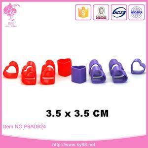 Baratos pequenos brinquedos de plástico da forma do coração da mola slinky brinquedo
