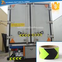 China Waterproof Arrow Pattern Reflective PVC Tape as Road Marking