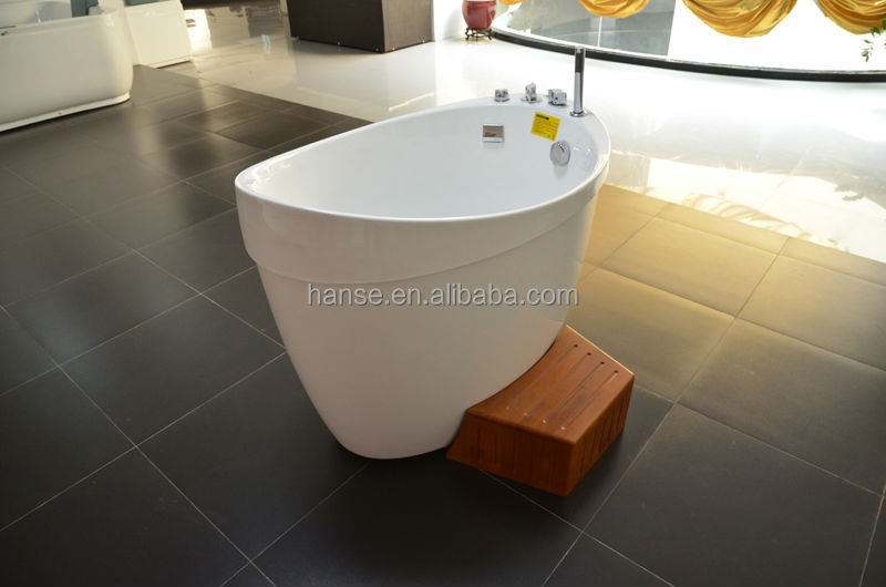 bathtub with seat buy very small bathtubs small freestanding bathtub