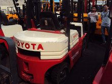 Original TOYOTA Forklift 7FD30 3T best price and quality 3T 4T 5T 6T 7T 8T 10T in shanghai,look for agent of used machinery