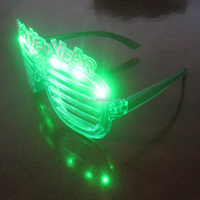 Green shutter shape LED flashing party sunglasses for happy new year