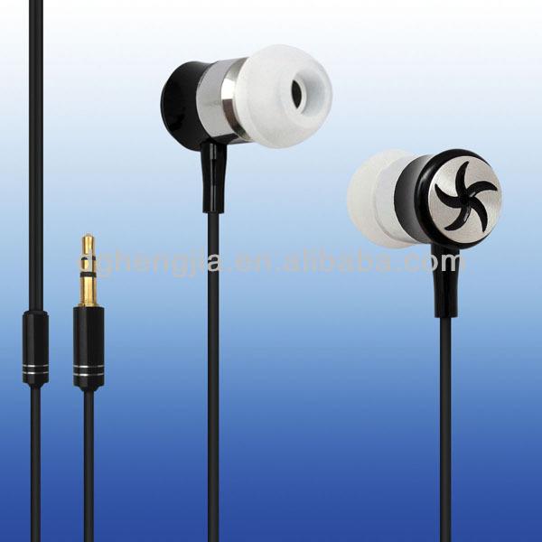 2015 metal MP3 in-ear earphone with mic